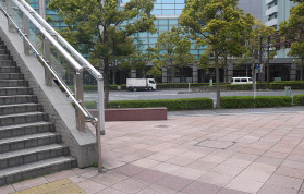 横浜の弁護士 横浜駅からの道順10