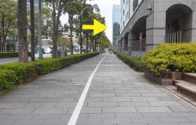 横浜の弁護士 横浜駅からの道順11